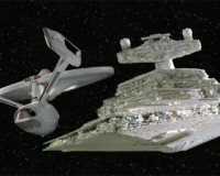 George Lucas Says STAR WARS Owes Its Success To STAR TREK.  Peace Reigns Over the World!