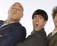 """""""THREE STOOGES"""" DUMBS US DOWN IN NEW TRAILER"""