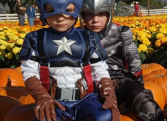 Mini Avengers…Captain America and Thor