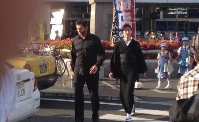 Konnichiwa! Leaked Photos of HUGH JACKMAN on Japanese Set of THE WOLVERINE