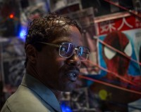 Jamie Foxx Looks Hilariously Geeky As Electro in THE AMAZING SPIDER-MAN 2 Still