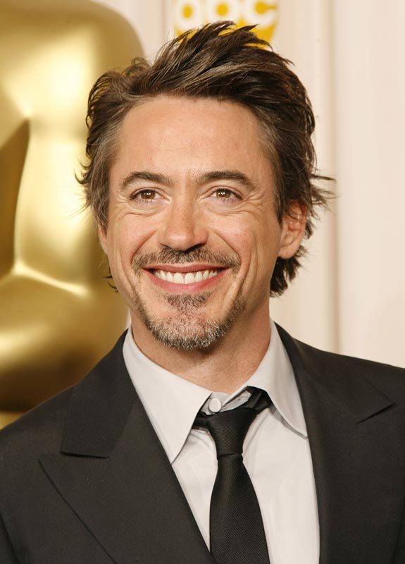 [Image: robert-downey-jr-tall.jpg]