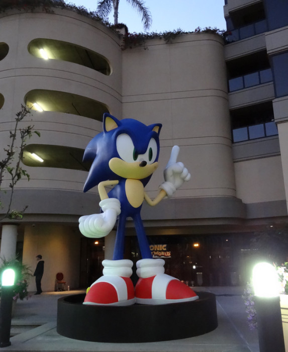 Sega Arcade SDCC 2013 Sonic 573x700 SDCC: To The Convention Center... And Beyond!