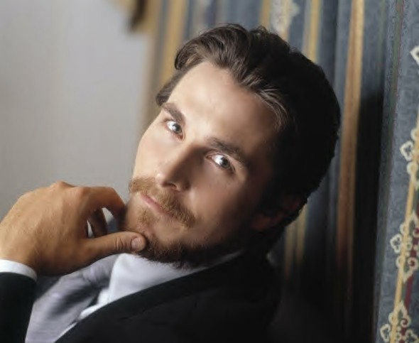 Christian Bale christian bale 11061402 900 919 590x483 Forget Batman v Superman   Its All About Affleck v Bale