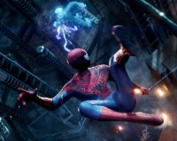 Sparks Fly in New AMAZING SPIDER-MAN 2 Footage