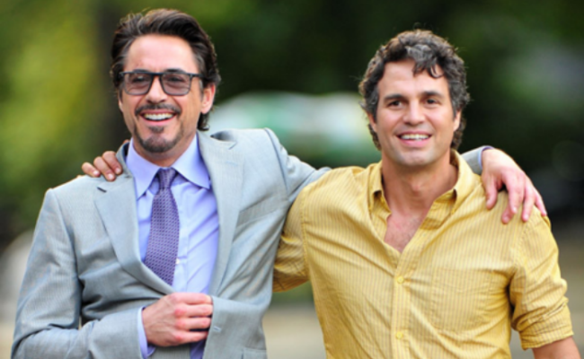 Ruffalo and Downey JR. Are Too Adorable In AGE OF ULTRON Pics