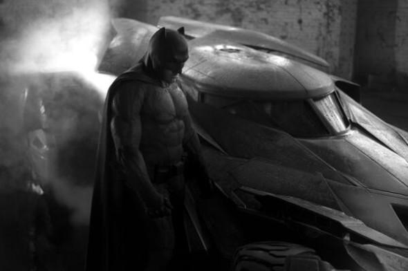 Batman-Batmobile-2