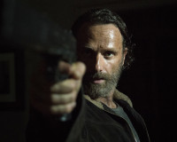 "THE WALKING DEAD ""Four Walls and a Roof"" Review"
