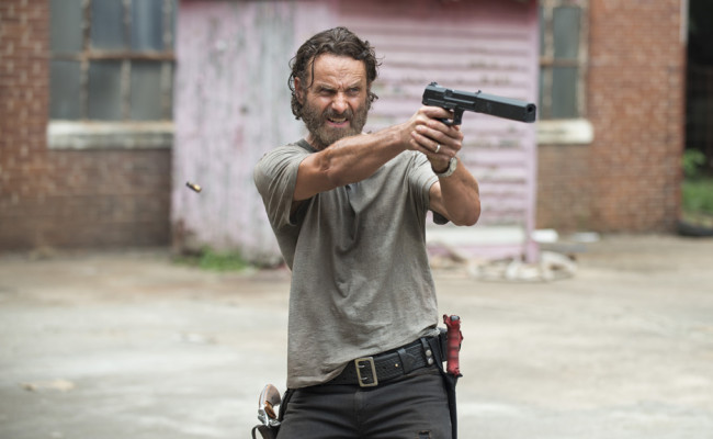 "THE WALKING DEAD ""Crossed"" Review"
