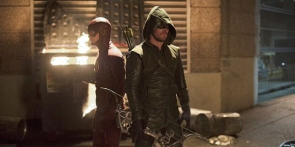 the-flash-season-1-episode-8-arrow-vs-the-flash-trailer-news