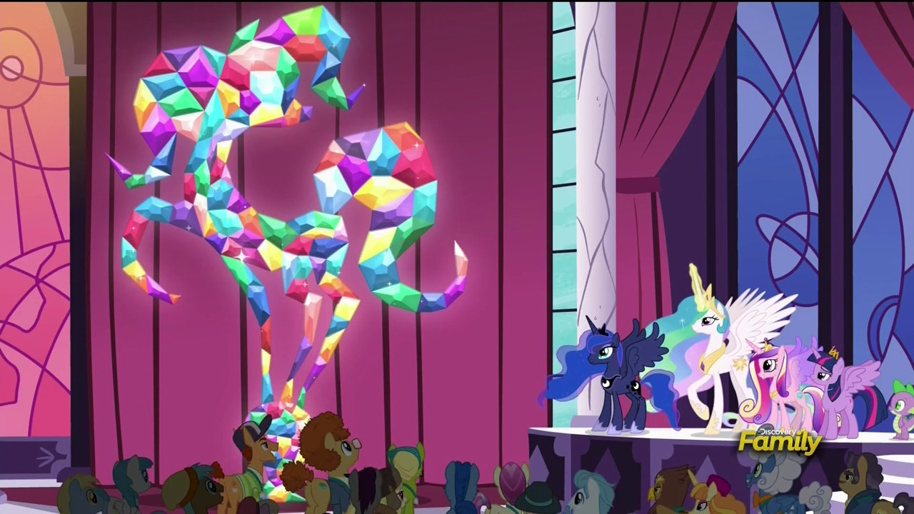 Citizens_of_Equestria_statue_unveiled_S5E10