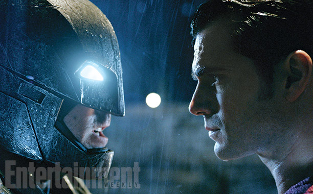 The Trinity Unites in BATMAN V SUPERMAN Images!!!