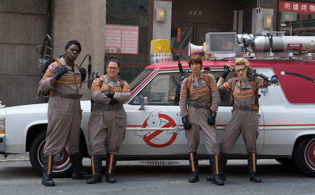 New GHOSTBUSTERS Set Photos Feature All Five Main Characters