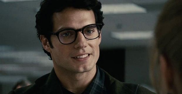 Clark-Kent-Man-of-Steel-Glasses-Henry-Cavill