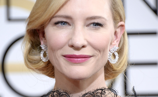 Will Cate Blanchett Play She-Hulk in THOR: RAGNAROK?
