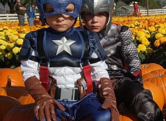 Mini Avengers…Captain America and Thor