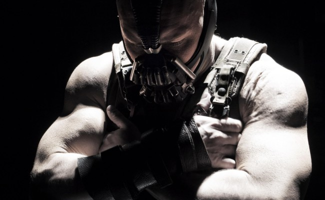 CONTRARIAN FANBOY: DARK KNIGHT RISES Is Better Than Any Movie In Theaters This Summer