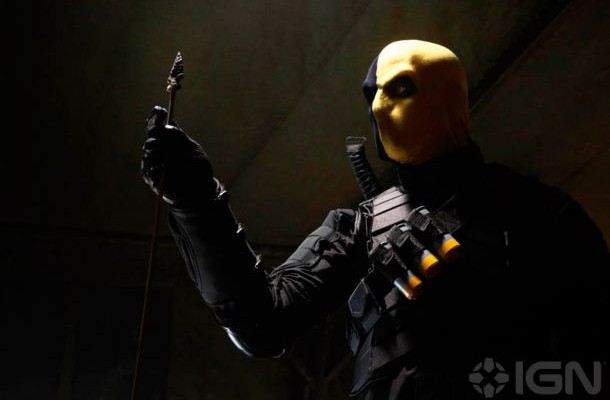 Get your FIRST LOOK at DEATHSTROKE in ARROW
