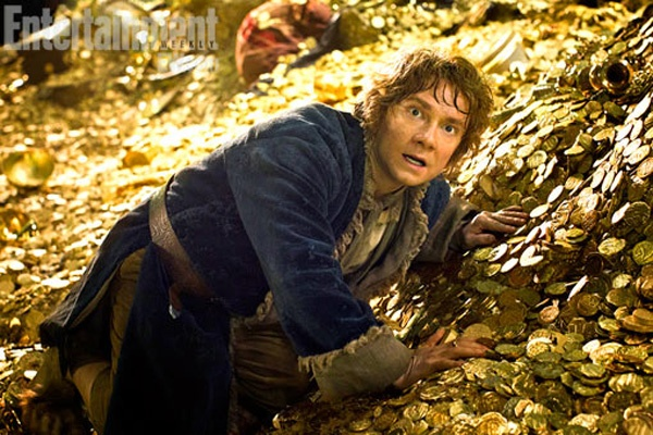 First Trailer For THE HOBBIT: THE DESOLATION OF SMAUG Hits!