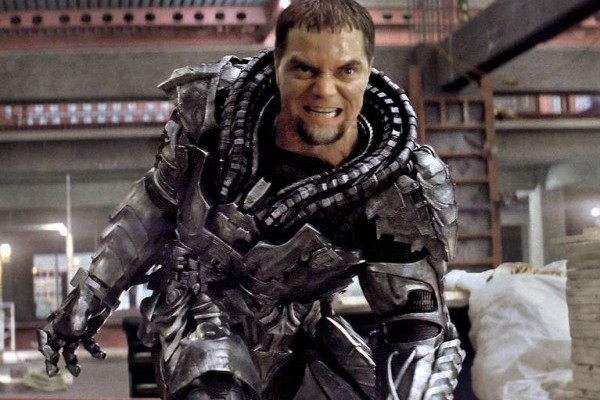 General Zod Delivers A Chilling Message To Earth In MAN OF STEEL Viral