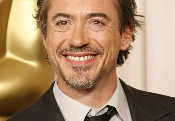 CONFIRMED: Robert Downey Jr To Return As Iron Man In THE AVENGERS Sequels