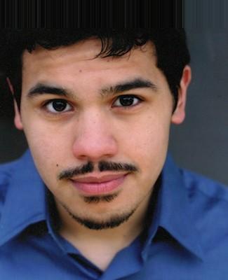 Carlos Valdes Cast As Cisco Ramon For THE FLASH Pilot