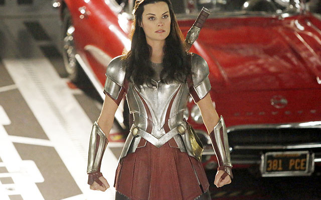 Lady Sif Is Armored Up For Her AGENTS OF S.H.I.E.L.D. Appearance