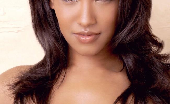THE FLASH Pilot Casts Candice Patton As Iris West