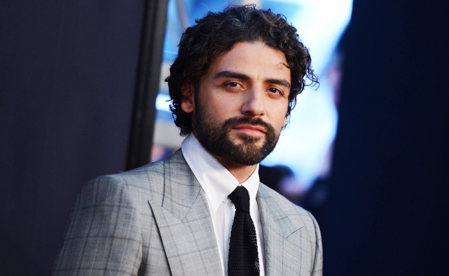 Oscar Isaac's STAR WARS EPISODE VII Character Is In Cahoots With Han And Leia!
