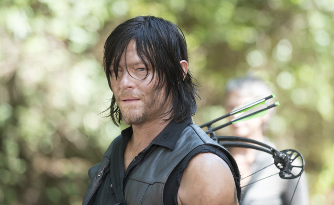 """THE WALKING DEAD """"Them"""" Review"""