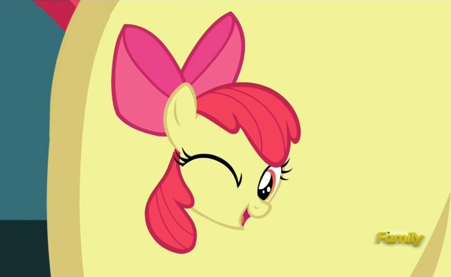 """My Little Pony: Friendship is Magic """"Brotherhooves Social"""" Review"""