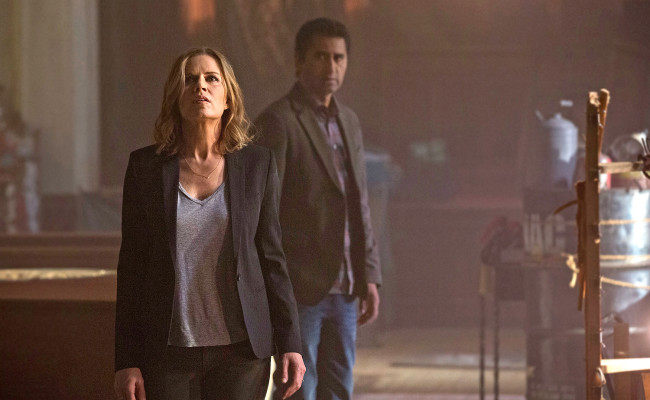 SDCC: FEAR THE WALKING DEAD Trailer is Better Than its Parent Show